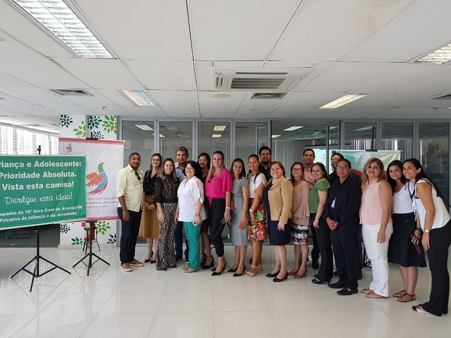 ICoordenadoria da Mulher reúne prefeitos e gestores do interior